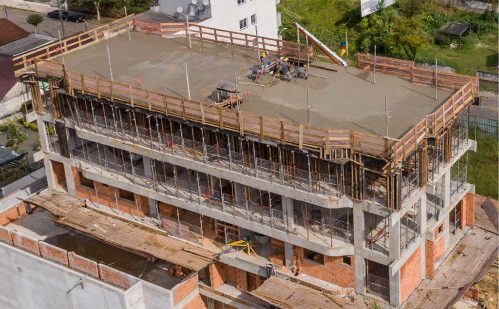 uso-de-filmagem-e-fotografias-com-drone-na-construcao-civil